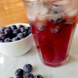 Healthy Blueberry Iced Tea
