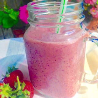 Mixed Berry Tea Smoothie