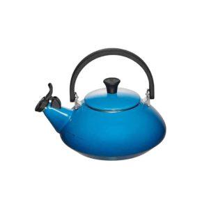 le-creuset-tea-kettle