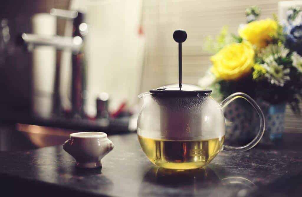Afternoons are perfect for a pot of oolong tea