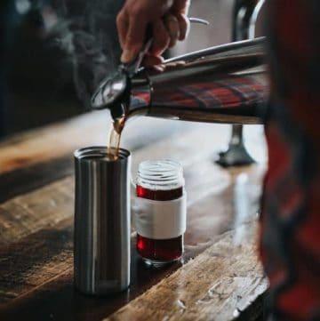 best ways to travel with tea