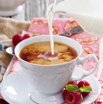 English Breakfast Tea with milk