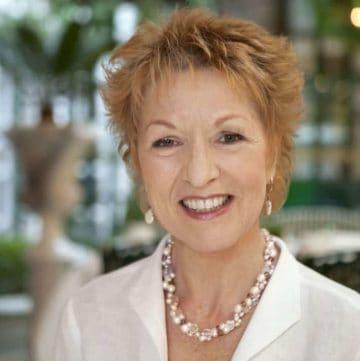 JanePettigrewHeadshot - author of World of Tea