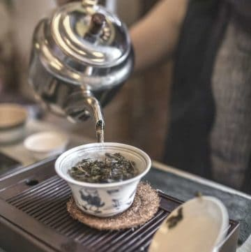 Chinese tea ceremony pouring L-theanine tea