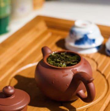 yixing teapot purple clay brewing oolong