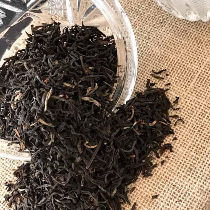 black loose leaf tea dry leaf closeup