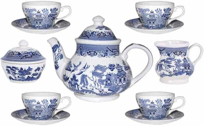 Blue willow design tea set